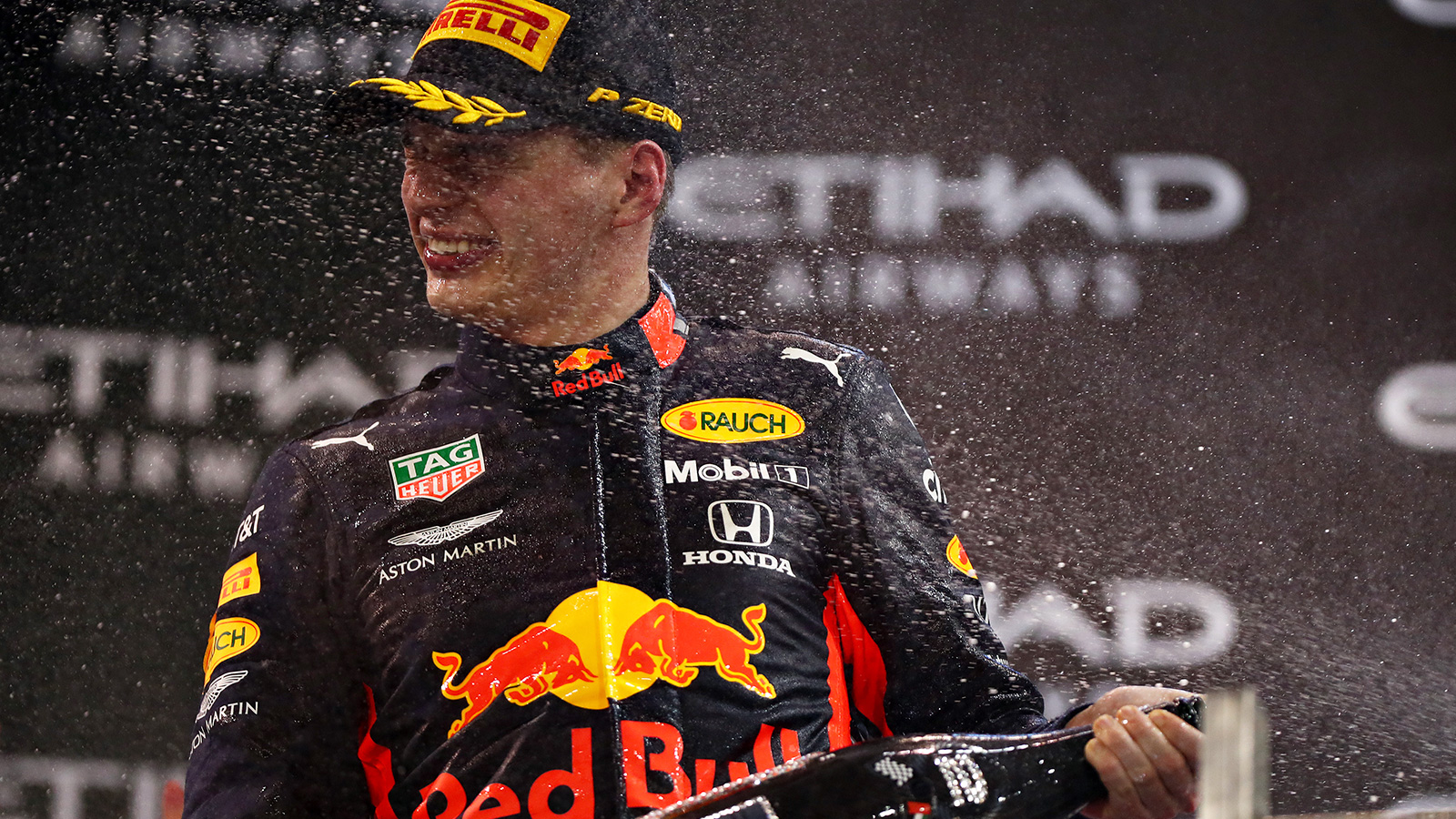 Formula 1, niente Ferrari per Max Verstappen: rinnova con la Red Bull