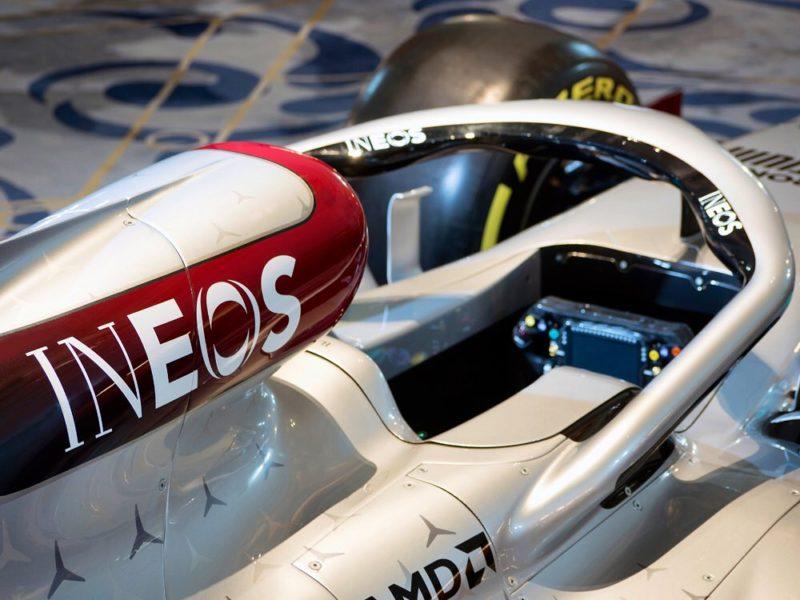 Formula 1, Mercedes svela la sua livrea per la stagione 2020