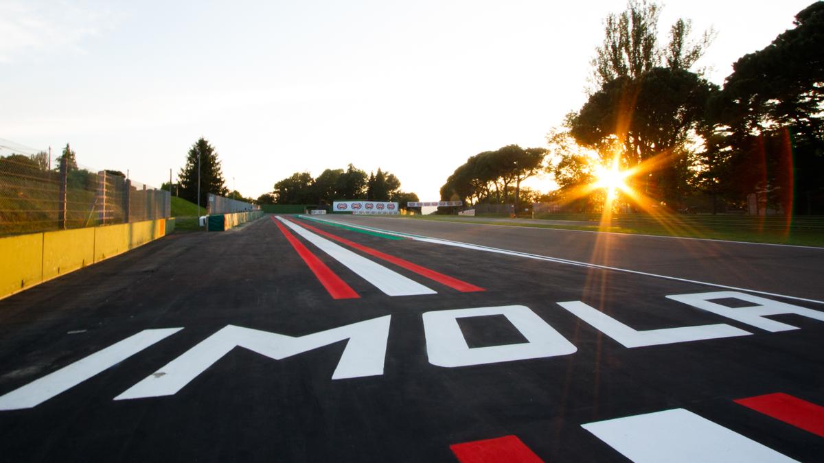 Motul Fim Superbike 2020: gara di Imola cancellata, cambia il calendario