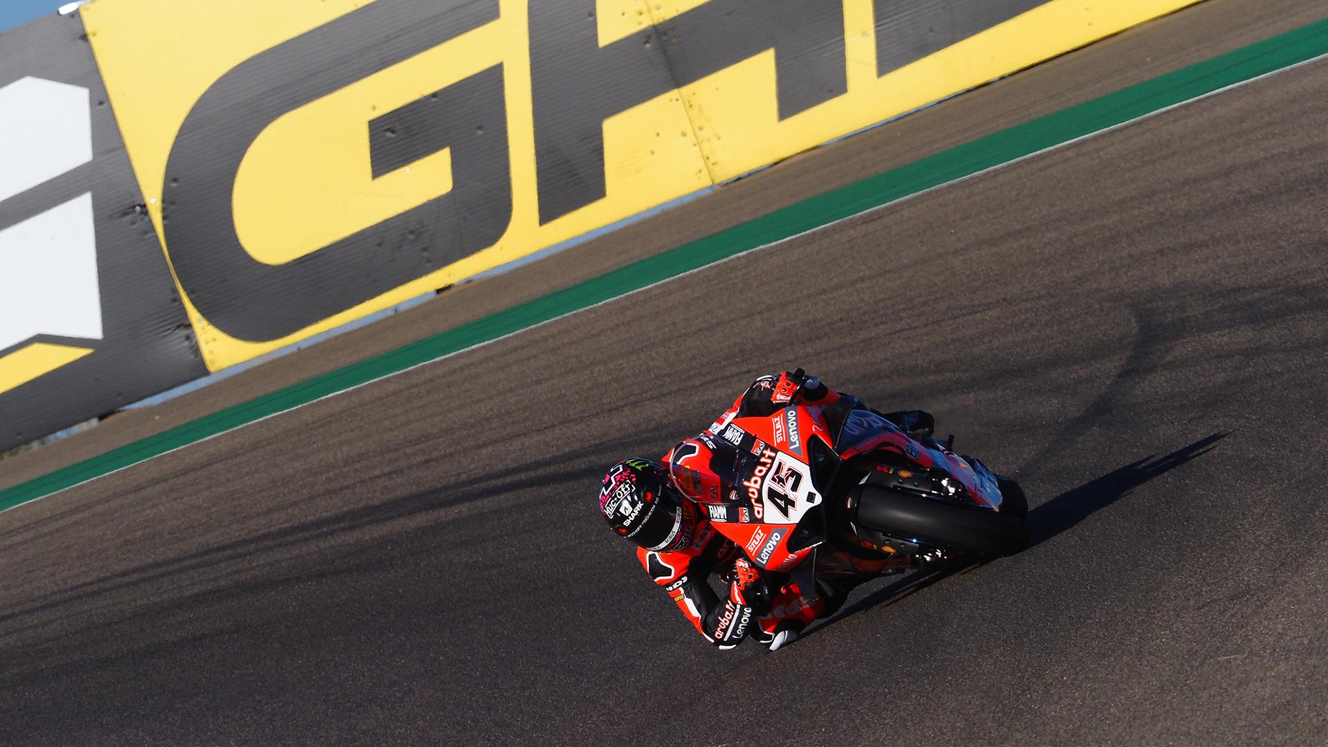 Superbike, Rinaldi domina e vince il Gp di Teruel