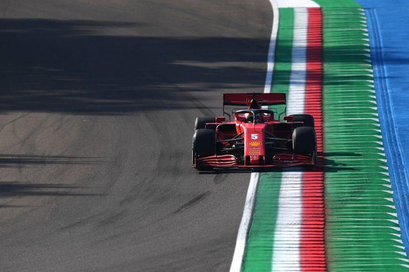 Sebastian Vettel a bordo della SF1000 presso l'Autodromo Enzo e Dino Ferrari di Imola. | The Rulebook - Limiti di pista in Formula 1