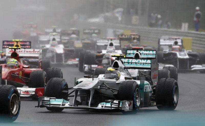 Azione durante il GP del'Ungheria 2011. | The Rulebook - Limiti di pista in Formula 1