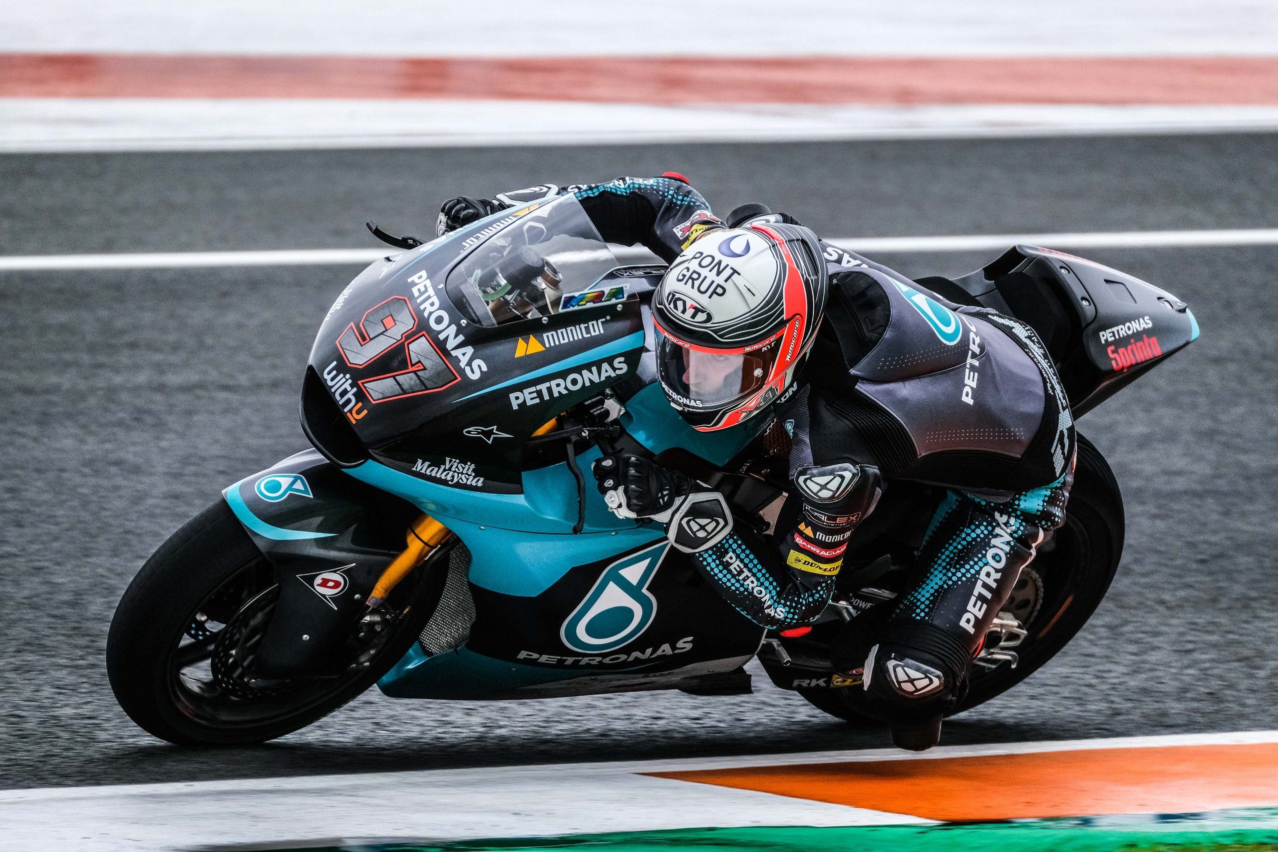 Moto 2, Baldassarri ritrova il sorriso: quinto posto a Valencia, vince Bezzecchi